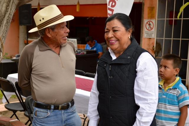 Regresará Martha Palafox al Senado mexicano
