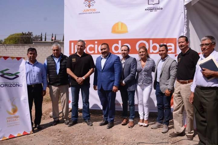Con el apoyo de Orizón la calle Fresnos estará pavimentada: alcalde