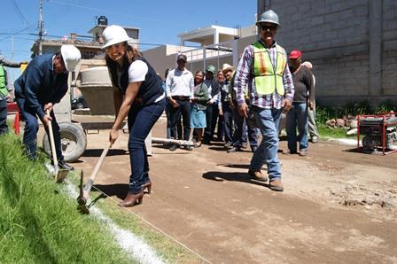 Arranca Gardenia Hernández ejecución de obras en Tlaxco