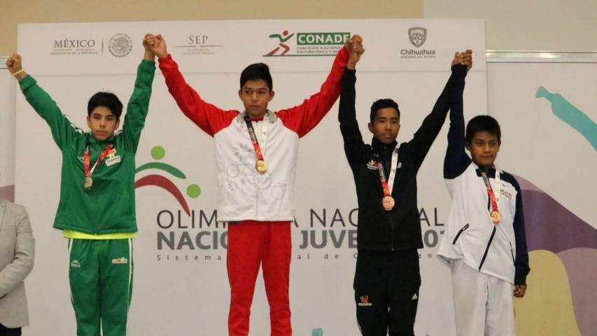 Gana bronce Ángel Flores en Olimpiada Nacional de taekwon do