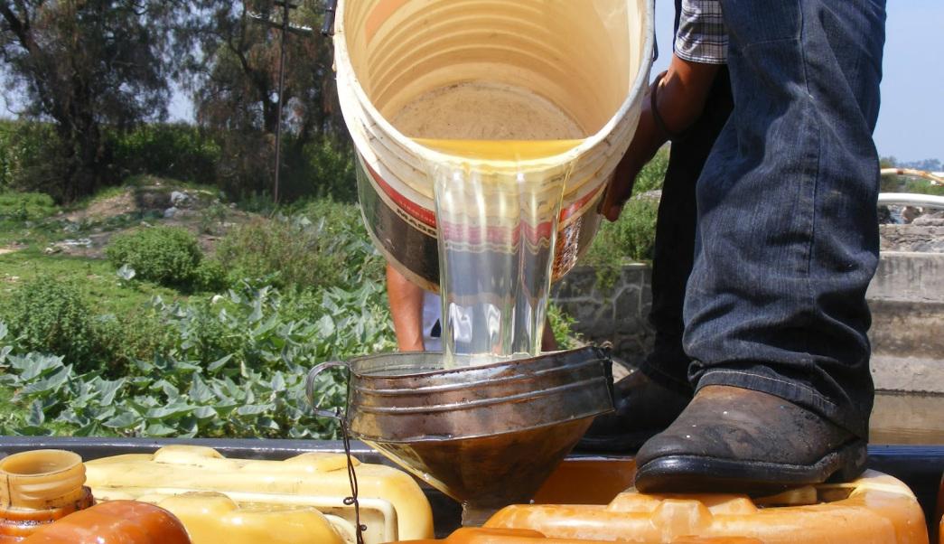 Huachicoleros usan a menores de edad para transportar combustible