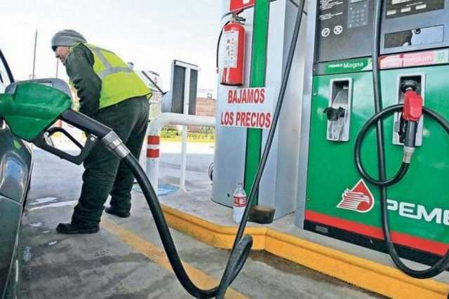 A la baja el precio de la gasolina, en Apizaco ya llegó hasta los 15.20 pesos