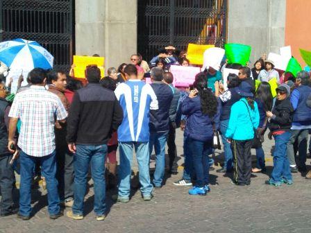 Se manifiestan tlaxcaltecas pacíficamente contra gasolinazo