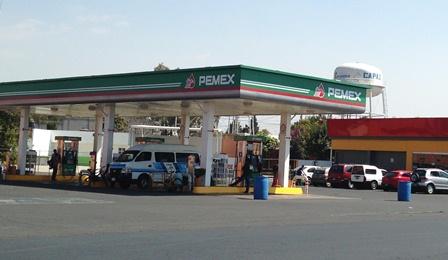 Asaltan en pleno día a gasolinera del centro de Zacatelco