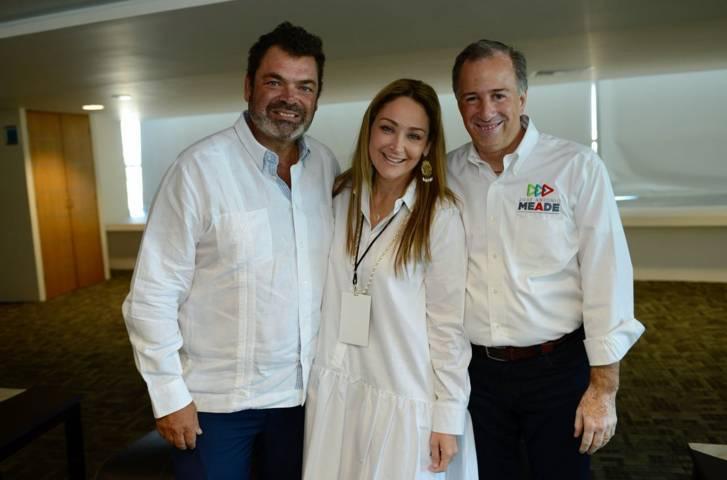 Meade recibe respaldo de familia de Juan Camilo Mouriño