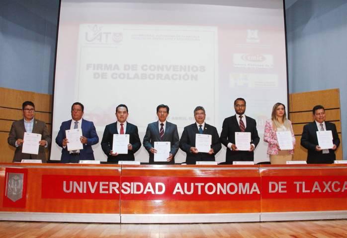 Firman UAT y organismos del sector empresarial y de la construcción convenios de colaboración