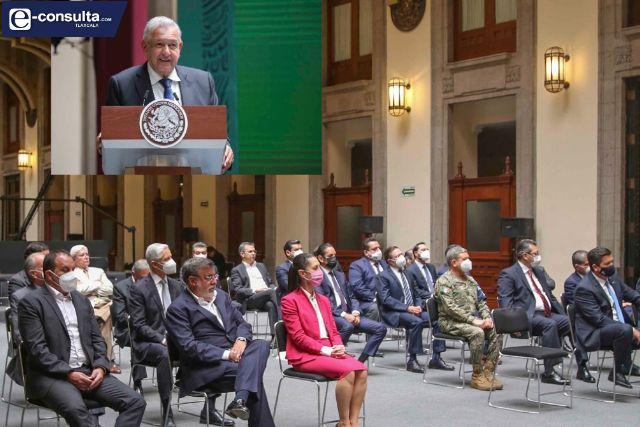 Marco Mena firma con presidente AMLO y gobernadores acuerdo nacional por la democracia
