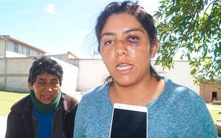 Regidor golpeador y amoroso pide licencia al Cabildo de Españita
