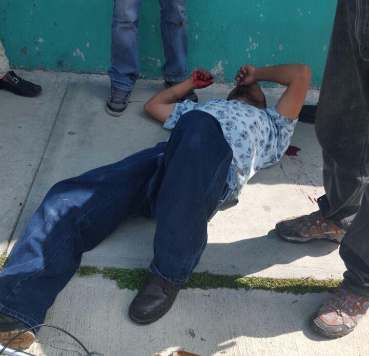 Golpeadores de Vega dejan inconsciente a seguidor de Héctor