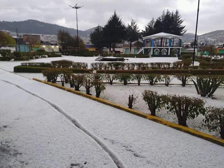 Sólo daños materiales dejó intensa granizada en Tlaxco
