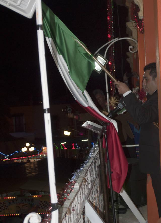 Gutiérrez Juárez da el Grito de Independencia de México