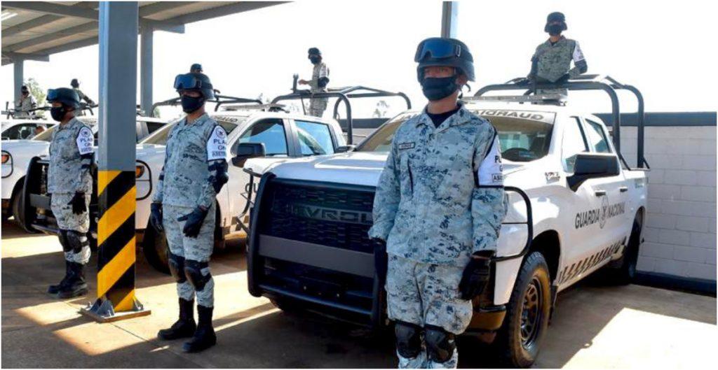FGR detiene a cinco personas, asegura armas de fuego, hidrocarburo, cocaína y equipos celulares