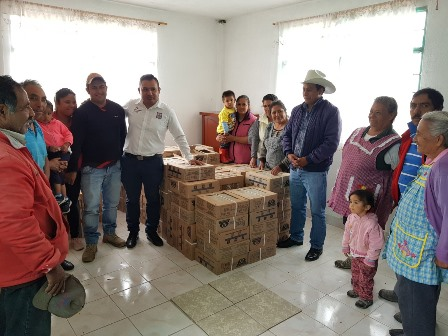 Iglesia de las Carrozas recibe apoyo del alcalde de Hueyotlipan