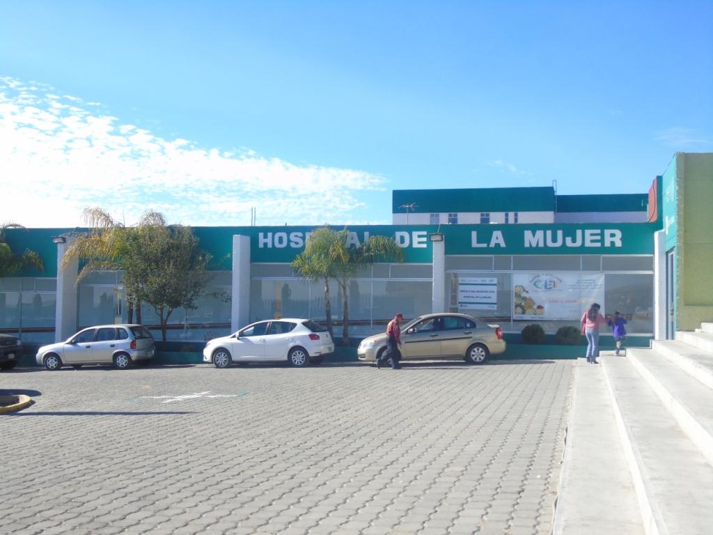 Dan mantenimiento al Hospital de la Mujer