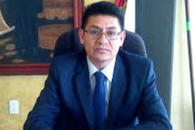 Edil de Huactzinco metido en pleito de faldas mientras inseguridad aumenta