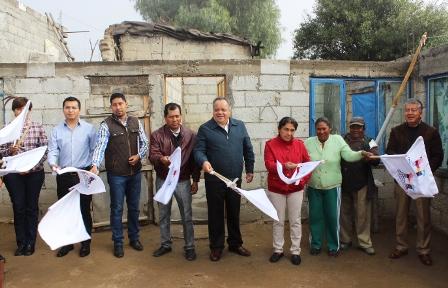 Inicia Ayuntamiento de Huamantla construcción techos firmes