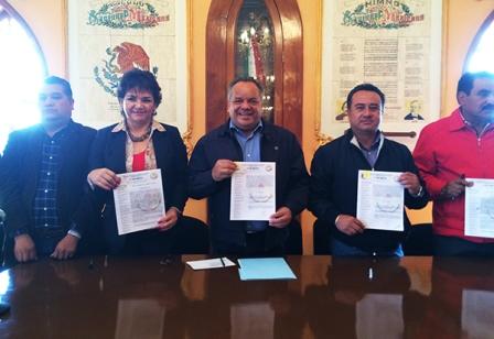 Cumple Ayuntamiento de Huamantla con Sindicato 7 de Mayo
