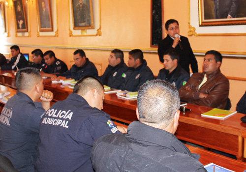 Dan en Huamantla curso para la coordinación operativa de policías