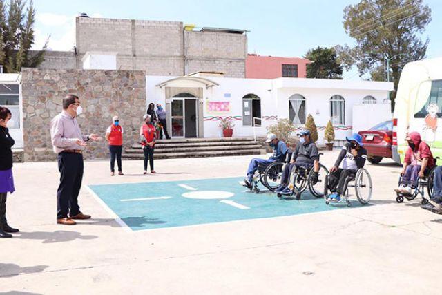 Realizaremos gestiones para incorporar al ámbito laboral a personas con discapacidad: Jasso