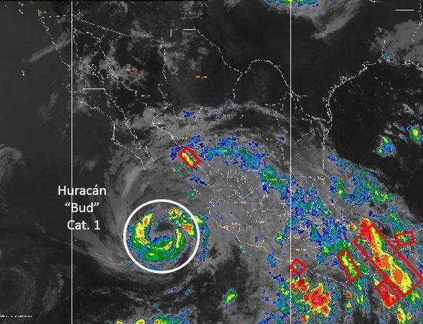 La tormenta tropical Bud se aproxima a la Península de Baja California