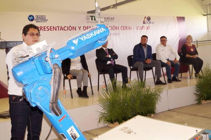 Presenta Icatlax oferta del centro de especialidades robóticas y aplicaciones industriales