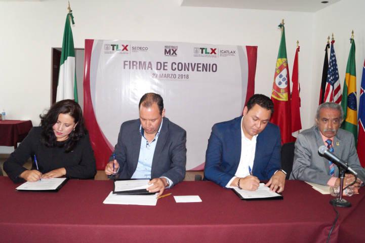 Signan convenio ICATLAX y la Asociación de Industriales Unidos por México