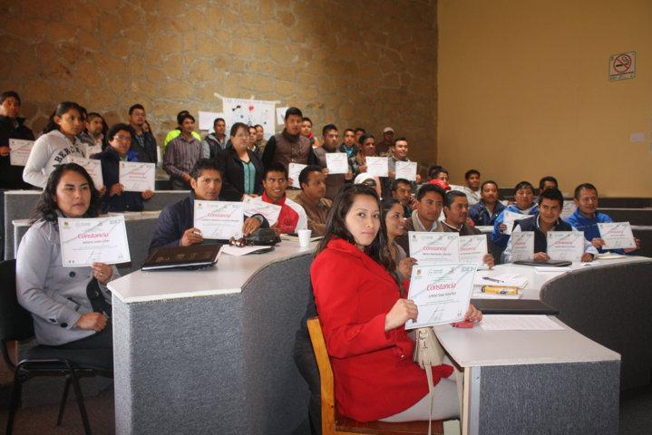 Capacitan a directores del deporte de los 60 municipios de Tlaxcala