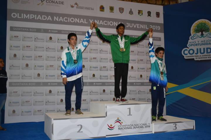 Tlaxcalteca Juan José Taylor obtiene 4 medallas en Olimpiada