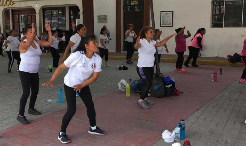 Promueve IDET activación física entre mujeres tlaxcaltecas