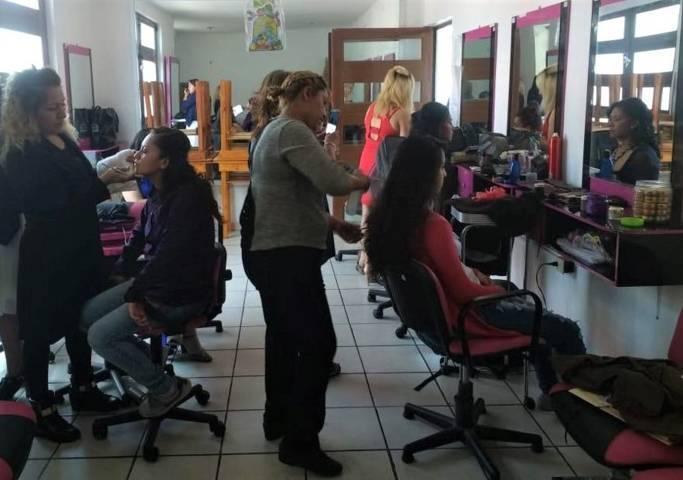 Beneficia IEM a 500 mujeres tlaxcaltecas con cursos de capacitación
