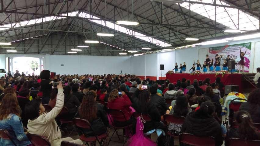 Realiza Ayto. y DIF Nanacamilpa conferencia por el Día Internacional de la Mujer