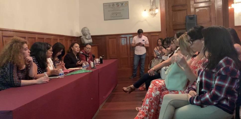 Llama Claudia Pérez a estados a atender derechos sexuales y reproductivos de la mujer