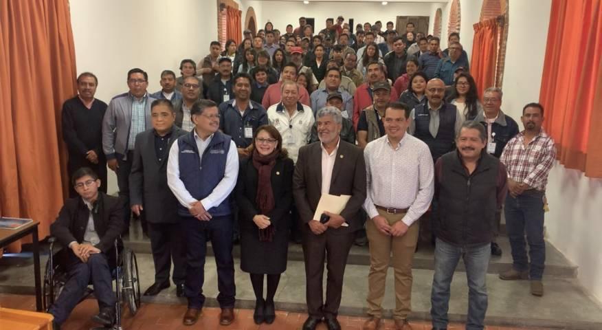 Refrenda Diputada Federal, Claudia Pérez apoyo a apicultores tlaxcaltecas
