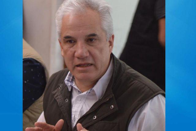 Líder priísta continúa criticando a AMLO sin apoyar a damnificados por Covid-19