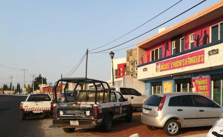En Tetla, notifican a bares sobre suspensión temporal por Covid -19