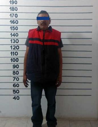 Detiene Policía De Tetla a asaltante de tienda de ropa