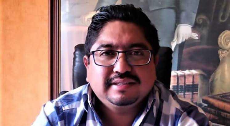 Justicia federal podría ir por el alcalde cachondo de Panotla por transa