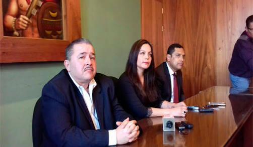 Se confirma salida de dos comisionados de la IAIP
