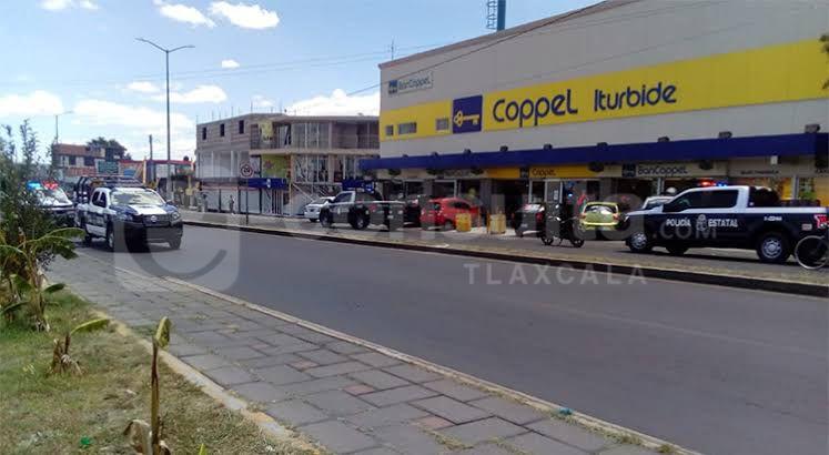 Comando armado asalta Coppel en Zacatelco