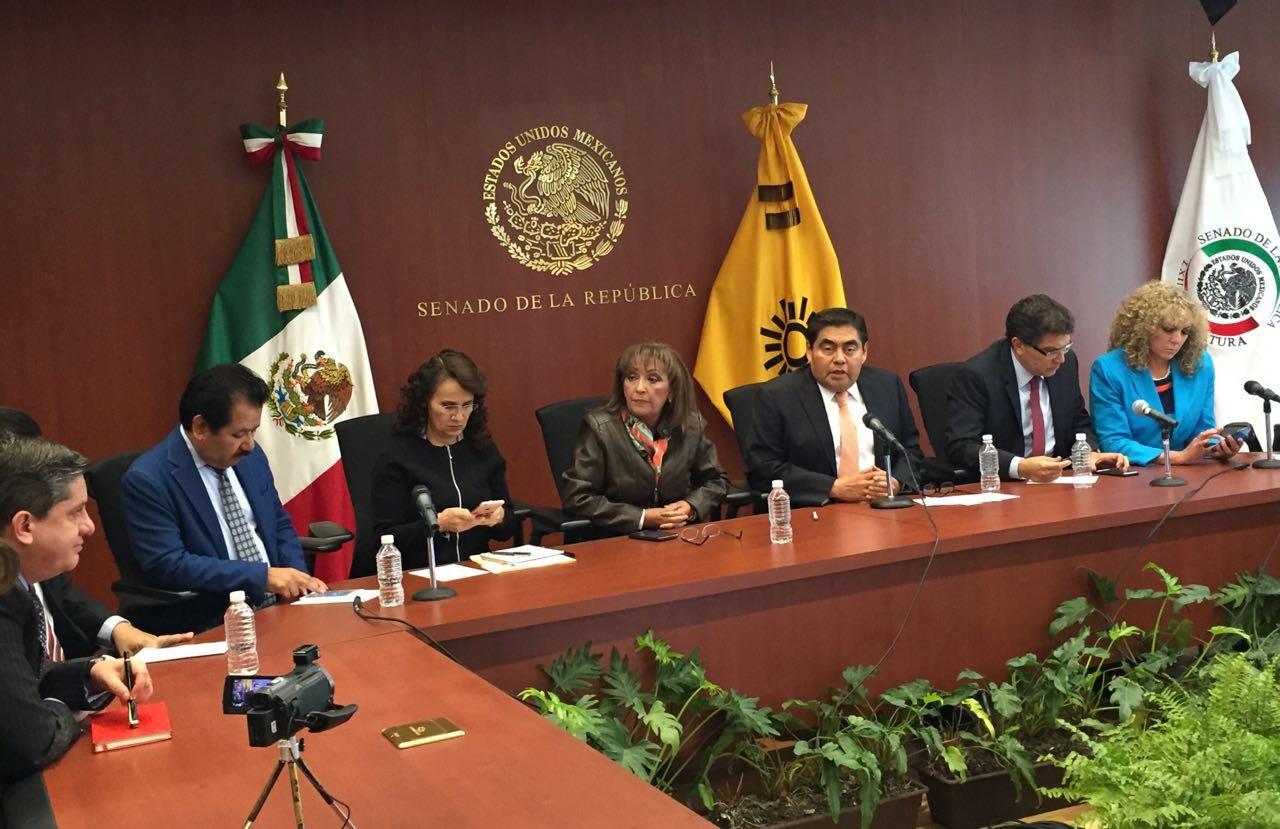 Irregularides y fraude en la elección, denuncia Lorena en el Senado