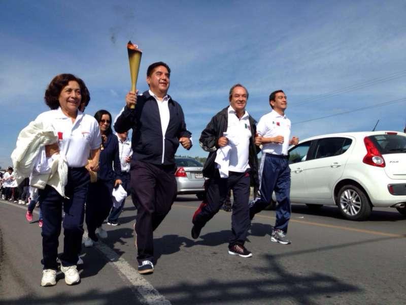 Llega fuego simbólico de Independencia a Calpulalpan