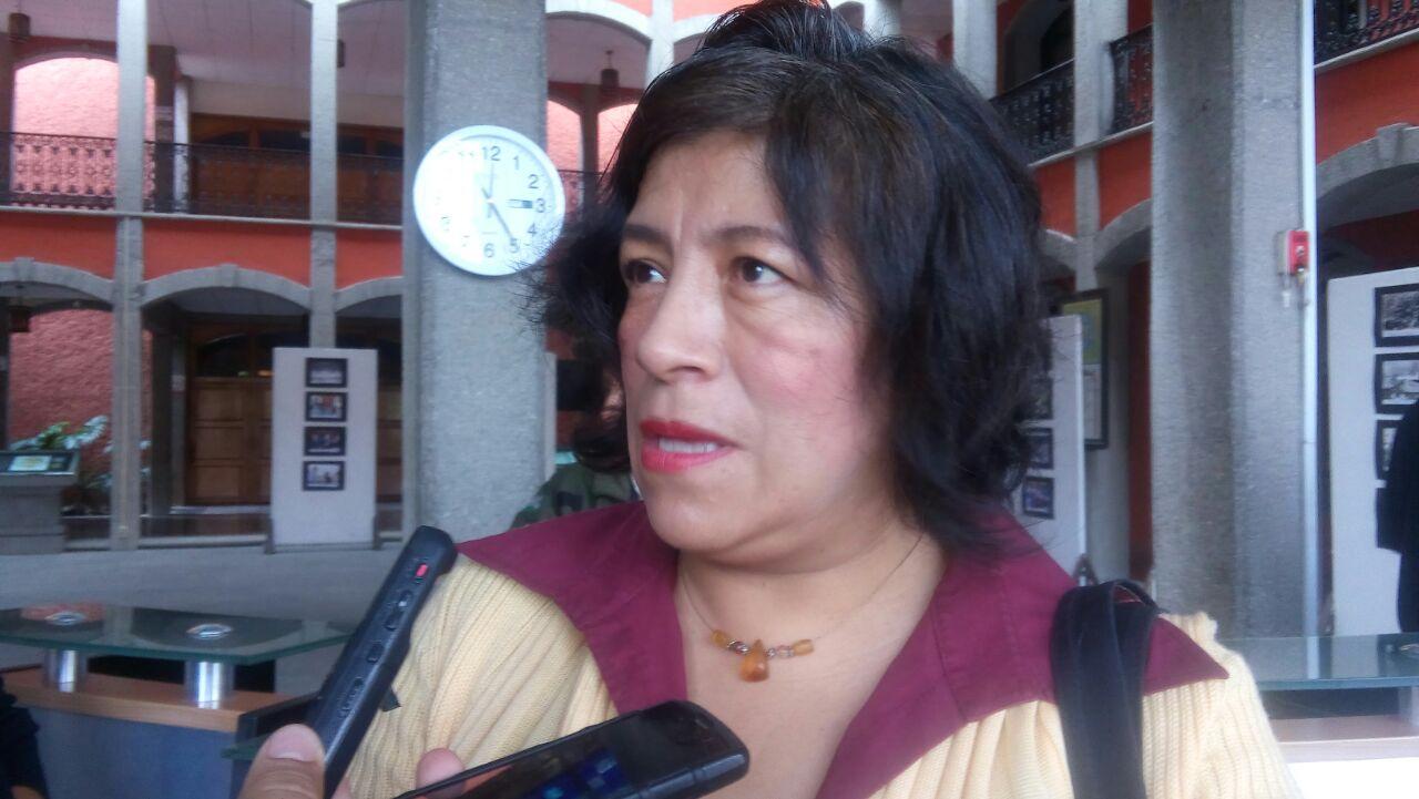 Piden mesa de trabajo para reinstalar a 108 maestros cesados