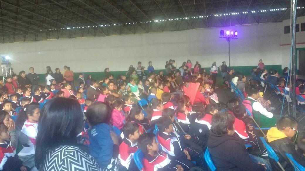 """Cientos de niños disfrutaron a los """"Guiñoleros de Sinaloa UAS"""""""