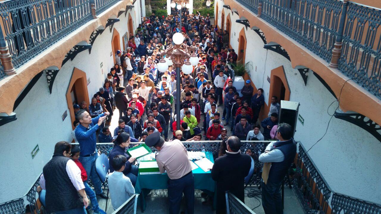 Efectúan sorteo del Servicio Militar Nacional en el Ayuntamiento de Tlaxcala
