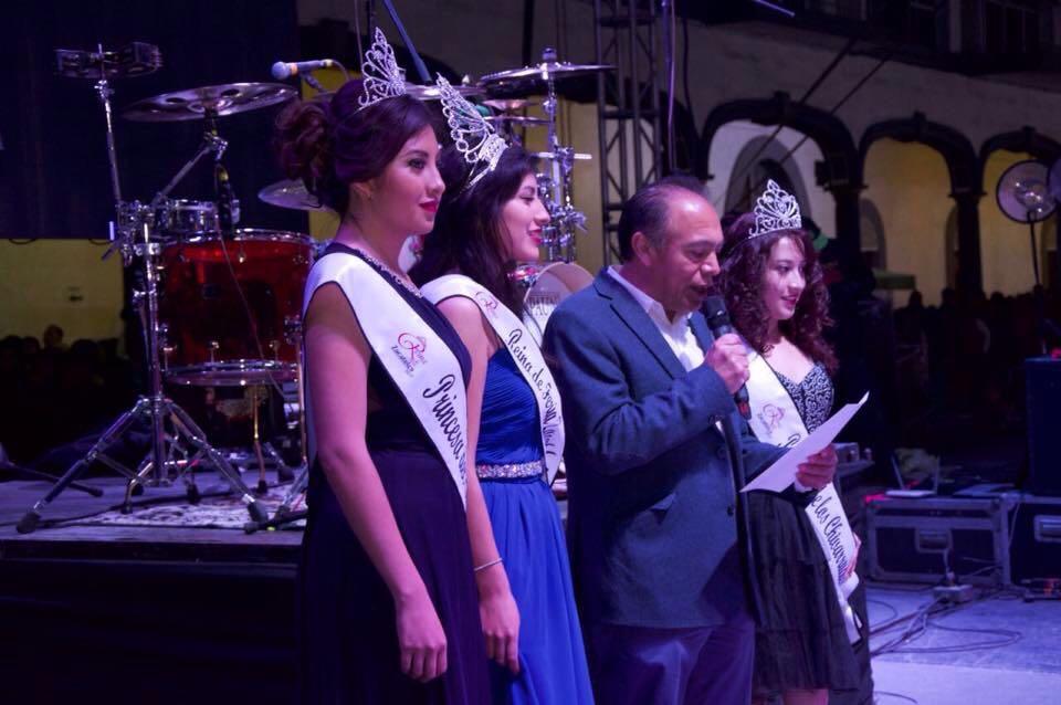 El alcalde Tomás Orea es abucheado durante festejos