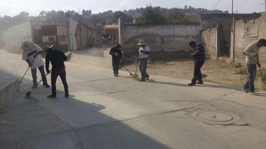 Mantiene Ayuntamiento limpieza en calles y barrancas