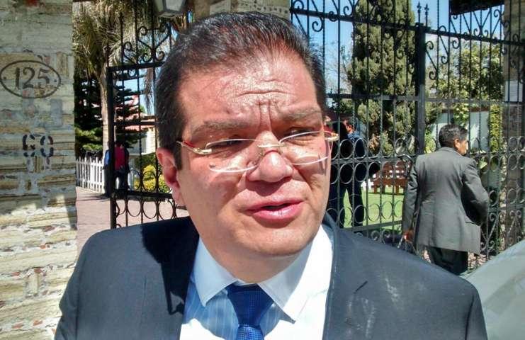 Ante presiones del siete de mayo no cedera Sanchez Jasso