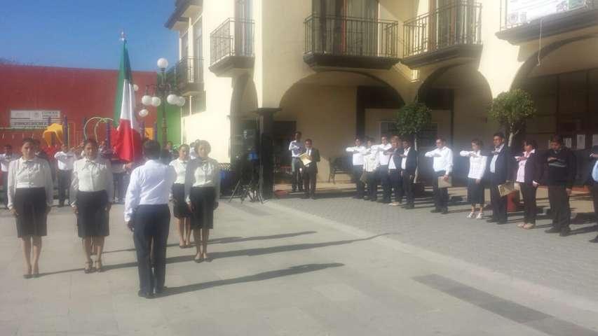 Alcalde encabezó 196 Aniversario  del Día de la Bandera