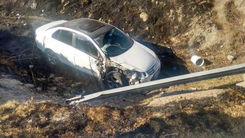Ebrio provoca carambola de 5 autos en la Tlaxcala-Texmelucan