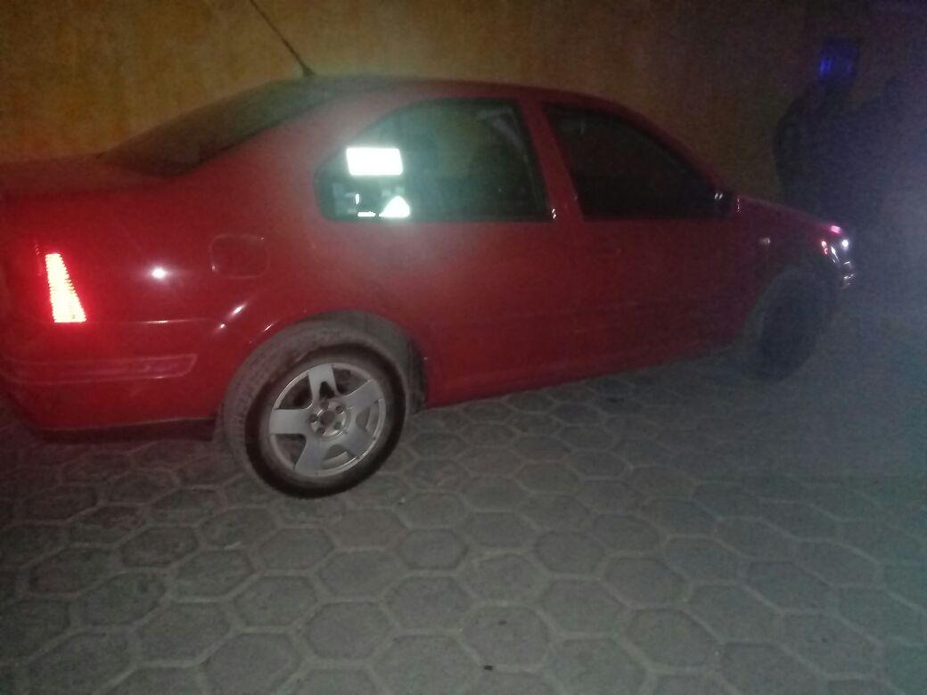 Policía Municipal de Ixtacuixtla recupera vehículo con reporte de robo